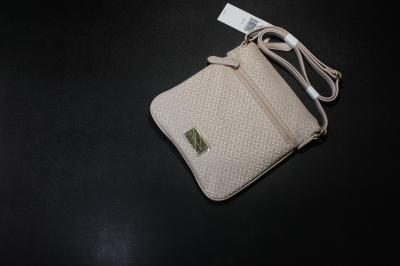 Tommy XBody Hàng Outlet - KT : 24 x 22cm- Mau Hồng